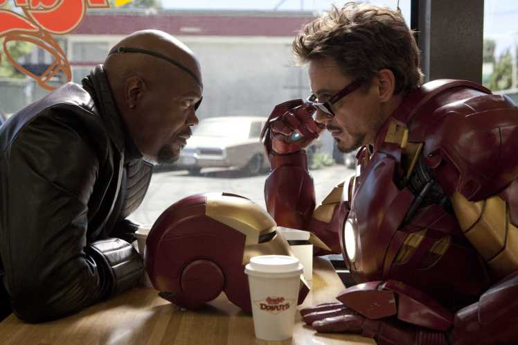 iron-man-2-robert-downey-jr-samuel-l-jackson.jpg